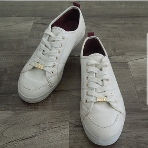 Guess Shoes White Sneakers w Gold Trim